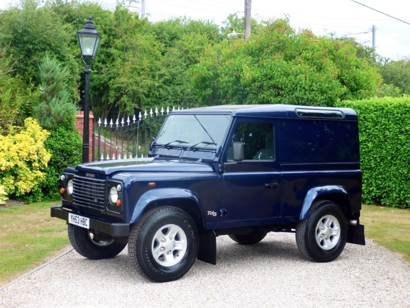 used Land Rover Defender 90 TD5 COUNTY HARD TOP JUST 63,000 MILES! EXCELLENT SERVICE HISTORY! in chelmsford-essex