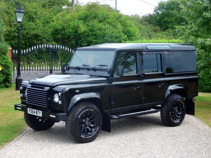 used Land Rover Defender 110 TDCI XS UTILITY WAGON SUPERB LOOKING 110! SAT NAV! NO VAT! in chelmsford-essex