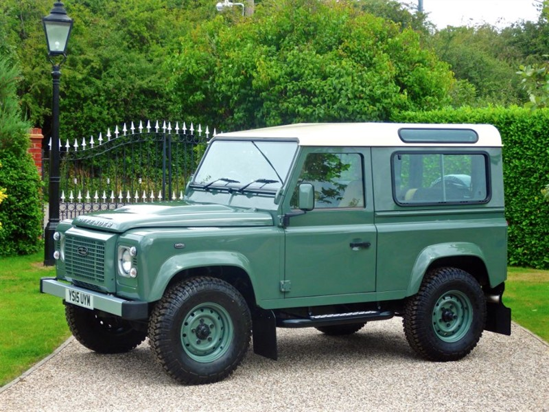 used Land Rover Defender 90 TDCI XS STATION WAGON 'HERITAGE STYLED' JUST 7,000 MILES! FULL LEATHER in chelmsford-essex