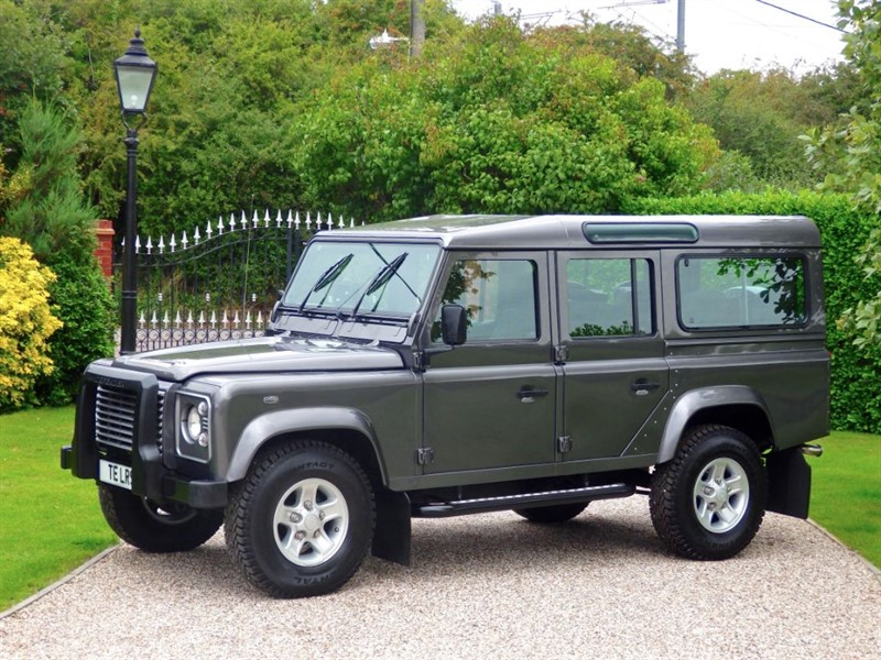 used Land Rover Defender 110 TD5 XS STATION WAGON FULL SERVICE HISTORY! 9 SEATER! SUPERB EXAMPLE! in chelmsford-essex