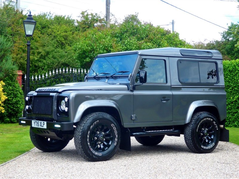used Land Rover Defender 90 TDCI XS STATION WAGON FANTASTIC LOOKING 90! JUST 15,000 MILES! in chelmsford-essex