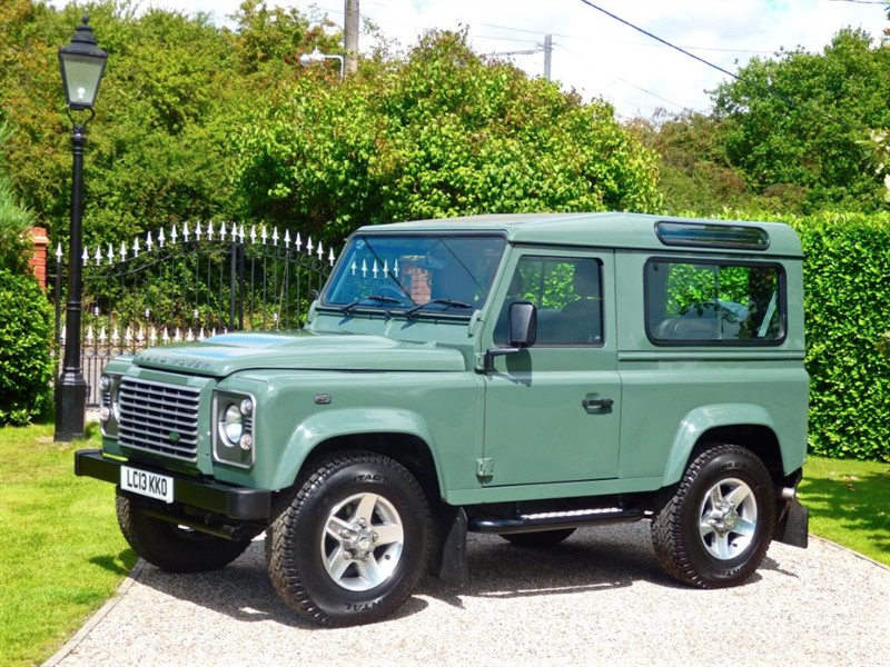 used Land Rover Defender 90 TDCI XS STATION WAGON VERY RARE KESWICK GREEN 90 XS SW! in chelmsford-essex