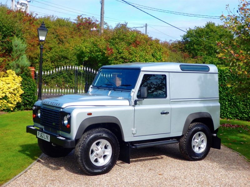 used Land Rover Defender 90 TDCI HARD TOP! £19,000 + VAT! FULL SERVICE HISTORY! in chelmsford-essex