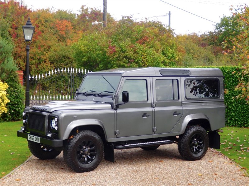 used Land Rover Defender 110 TDCI XS STATION WAGON! A FANTASTIC LOOKING EXAMPLE! in chelmsford-essex