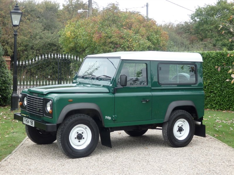 used Land Rover Defender 90 Td5 HARDTOP 6 SEATER JUST 20,800 MILES! in chelmsford-essex