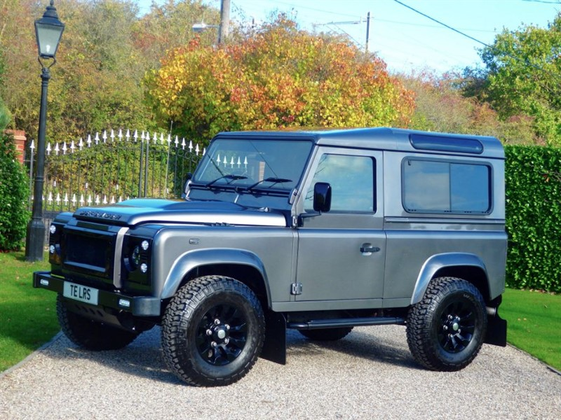 used Land Rover Defender 90 TDCI XS STATION WAGON 1 OWNER! MANY EXTRAS! JUST 12,000 MILES! in chelmsford-essex
