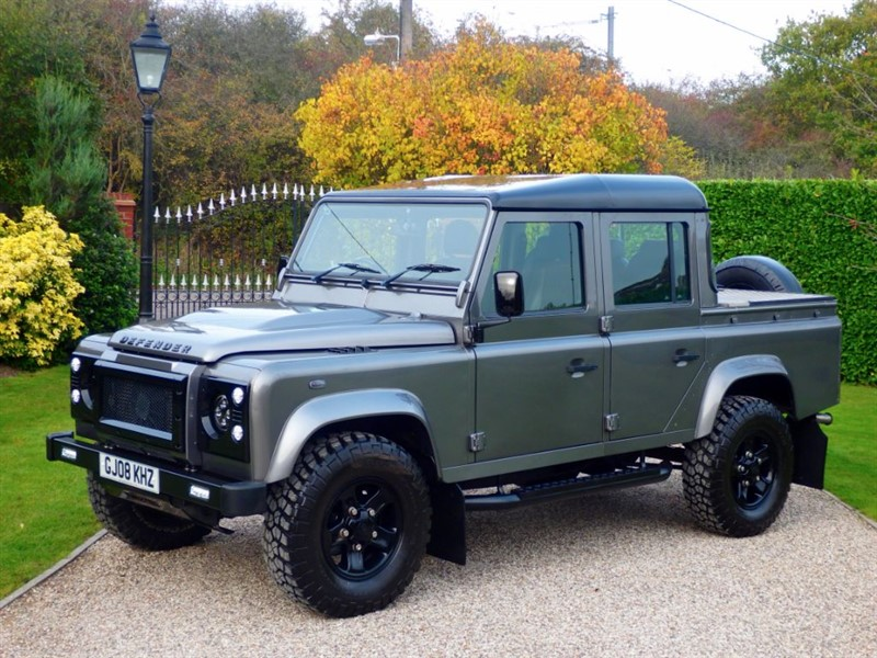 used Land Rover Defender 110 2.4 TDCI XS DOUBLE CAB PICKUP! £20,829.17 + VAT! JUST 29K MILES! in chelmsford-essex