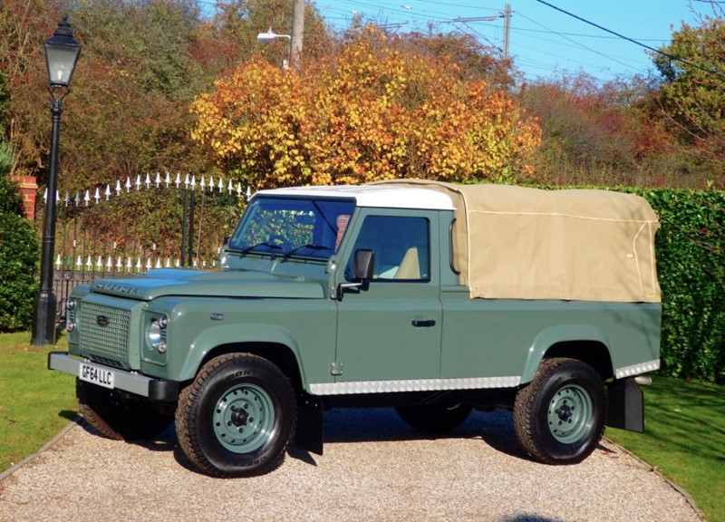 used Land Rover Defender 110 TDCI PICK UP 'MODERN DEFENDER..CLASSIC LOOK' 1 OWNER FSH in chelmsford-essex