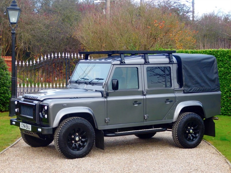used Land Rover Defender 110 TDCI XS DOUBLE CAB PICKUP! FANTASTIC SPEC!  in chelmsford-essex