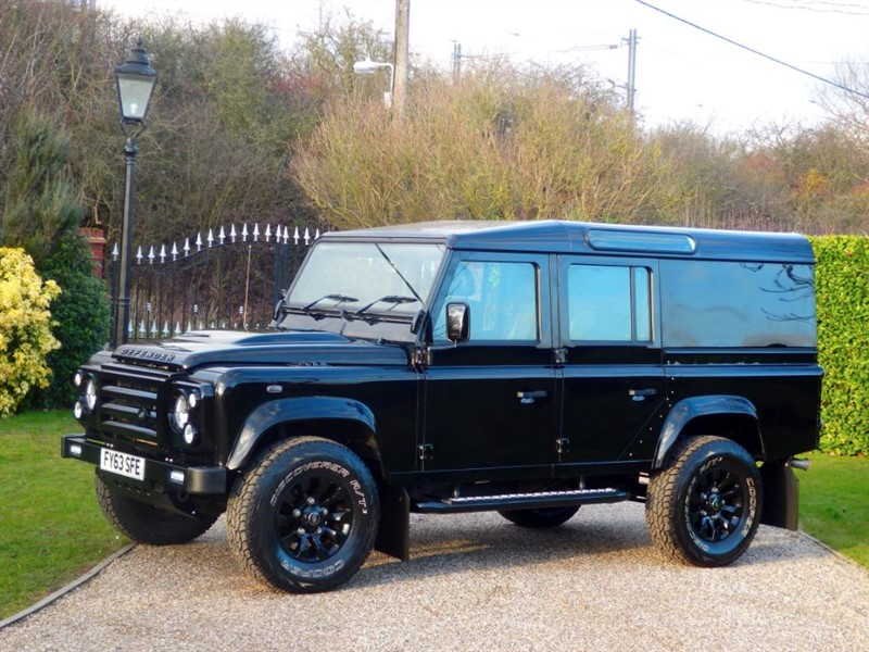 used Land Rover Defender 110 TDCI XS UTILITY WAGON JUST 26,000 MILES! MANY EXTRAS! NO VAT!  in chelmsford-essex