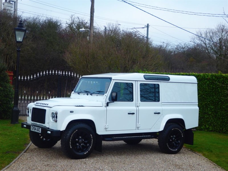 used Land Rover Defender 110 TDCI XS UTILITY WAGON £31,662.50 + VAT 1 OWNER FANTSTIC LOOKING 110! in chelmsford-essex