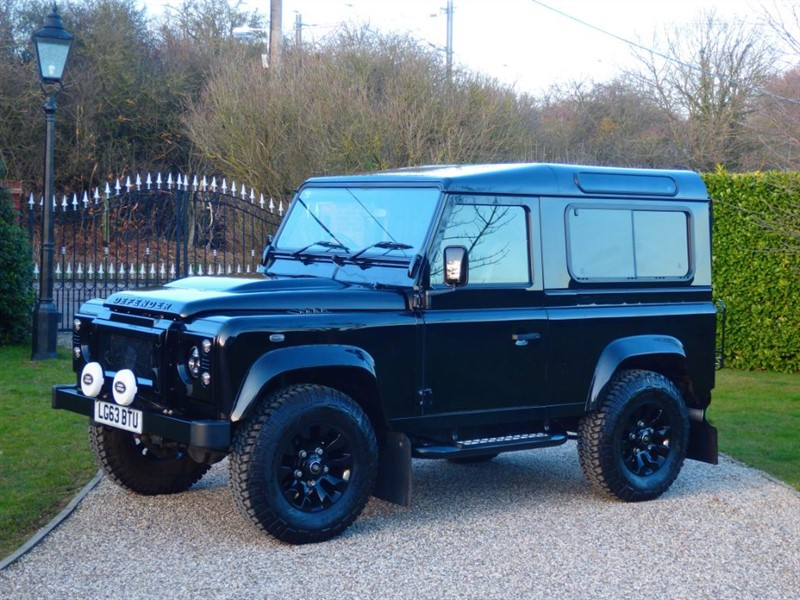 used Land Rover Defender 90 TDCI XS STATION WAGON LOVELY 90 XS! JUST 20,000 MILES!  in chelmsford-essex