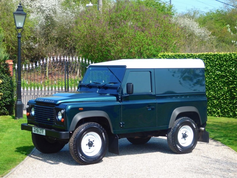 used Land Rover Defender 90 2.2 TDCI HARD TOP CLASSIC LOOK! JUST 34K MILES NO VAT! in chelmsford-essex