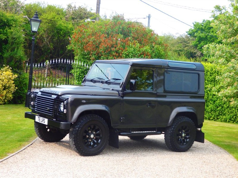 used Land Rover Defender 90 TDCI XS STATION WAGON RARE HAVAVA COLOUR! JUST 26K MILES!  in chelmsford-essex