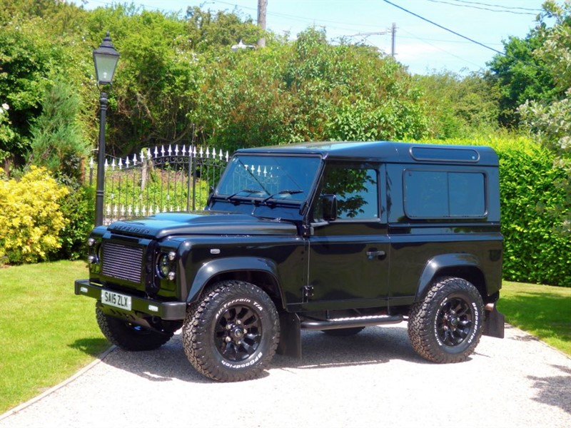 used Land Rover Defender 90 TDCI XS STATION WAGON 1 LADY OWNER! FANTASTIC LOOKING 90!  in chelmsford-essex