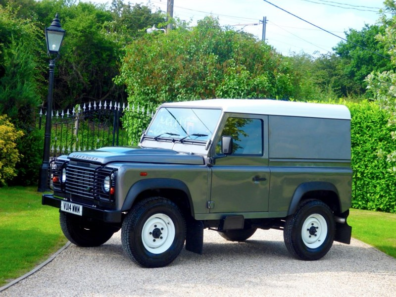 used Land Rover Defender 90 TDCI HARD TOP 1 OWNER JUST 17,000 MILES! NO VAT! in chelmsford-essex