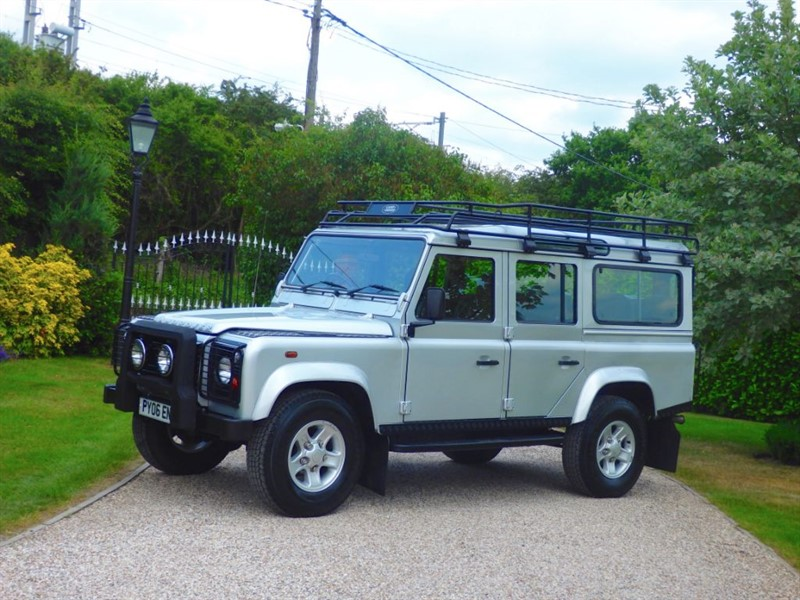 used Land Rover Defender 110 TD5 SILVER STATION WAGON RARE SILVER LE! JUST 41K MILES! 9 SEATER in chelmsford-essex