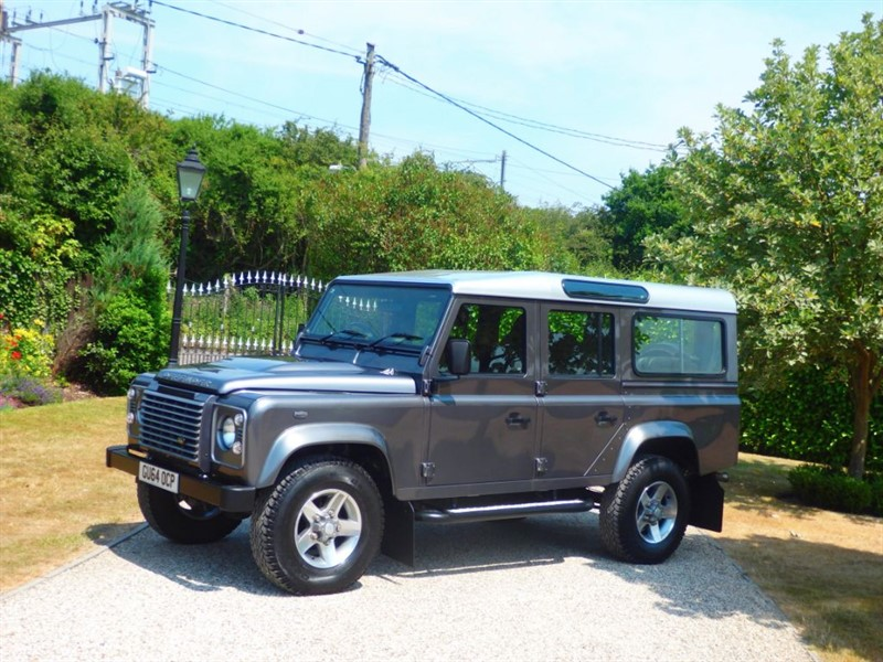 used Land Rover Defender 110 TDCI XS STATION WAGON JUST 34,000 MILES! 7 SEATER! in chelmsford-essex