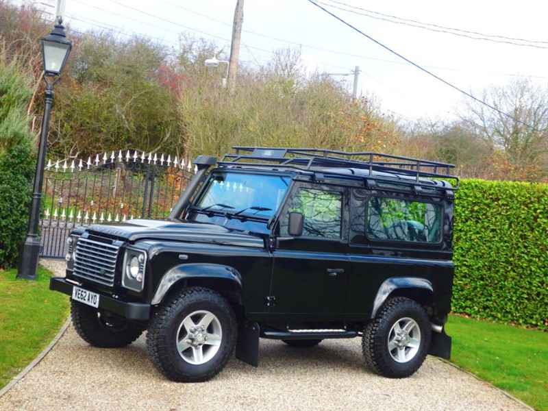 used Land Rover Defender 90 2.2 TDCI XS STATION WAGON JUST 11,000 MILES! LR HISTORY! ROOF RACK! in chelmsford-essex