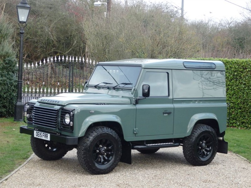 used Land Rover Defender 90 2.2 TDCI XS HARDTOP JUST 6,000 MILES! RARE KESWICK GREEN XS!  in chelmsford-essex