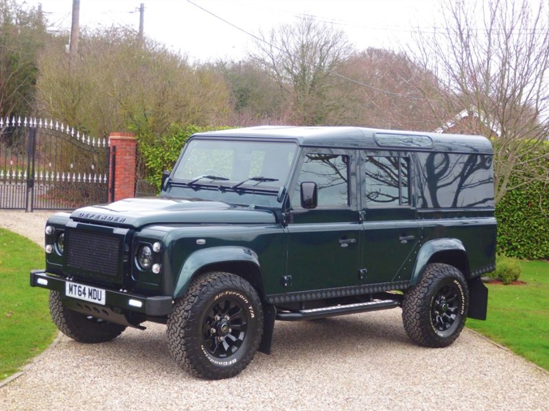 used Land Rover Defender 110 2.2 TDCI XS UTILITY WAGON 1 OWNER! HUGE SPECIFICATION! NO VAT! in chelmsford-essex