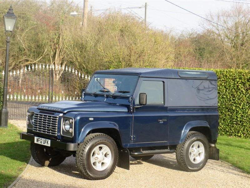 used Land Rover Defender 90 2.2 TDCI HARD TOP JUST 18,000 MILES! AIR CON! NO VAT!  in chelmsford-essex