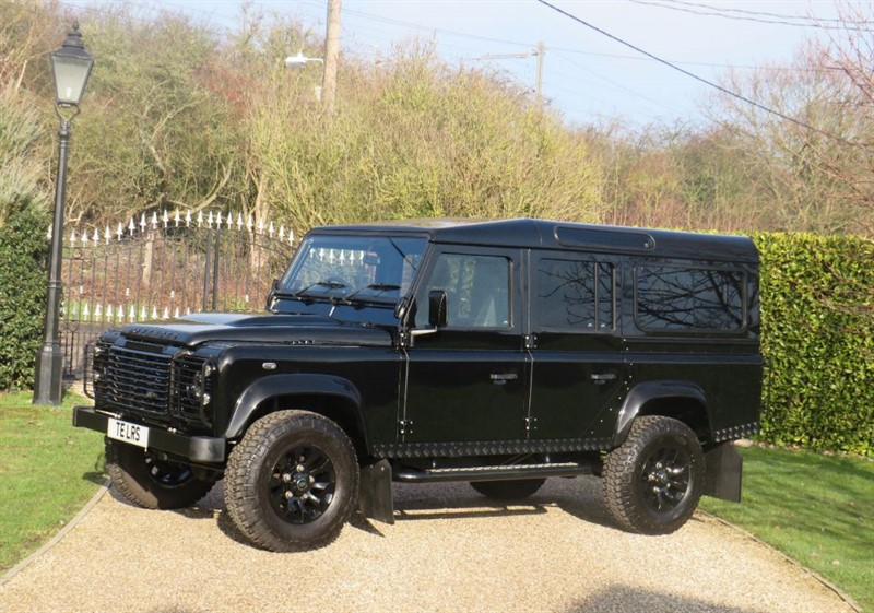 used Land Rover Defender 110 2.2 TDCI XS STATION WAGON 1 OWNER! GREAT SPEC! FSH! in chelmsford-essex