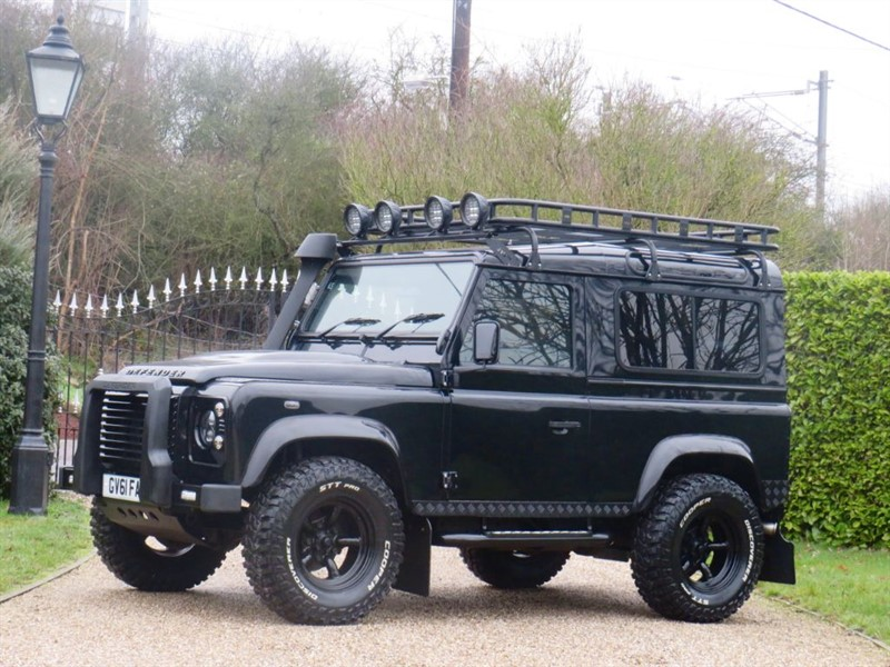 used Land Rover Defender 90 2.4 TDCI XS STATION WAGON HUGE SPECIFICATION!  in chelmsford-essex