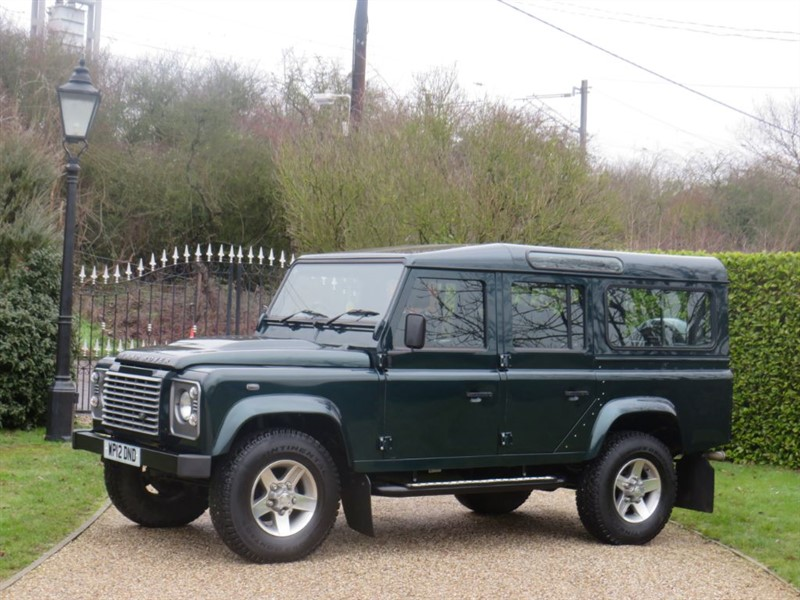 used Land Rover Defender 110 2.2 TDCI XS STATION WAGON FULL SERVICE HISTORY!  in chelmsford-essex