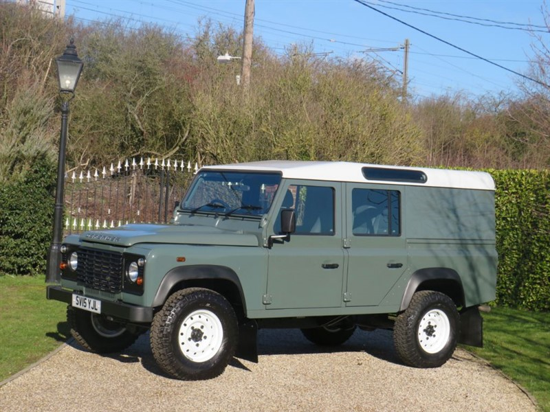 used Land Rover Defender 110 2.2 TDCI UTILITY WAGON CLASSIC LOOK!  in chelmsford-essex
