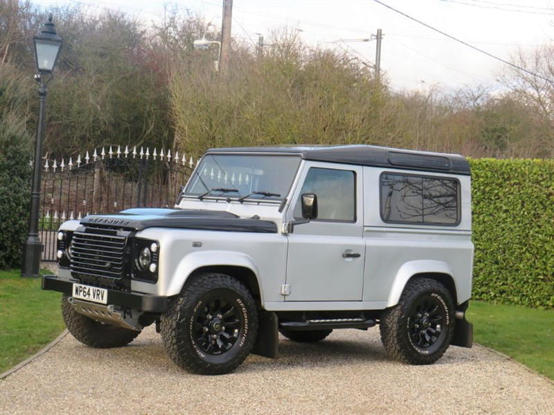 used Land Rover Defender 90 2.2 TDCI XS STATION WAGON SUPURB LOOKING! HUGE SPEC!  in chelmsford-essex