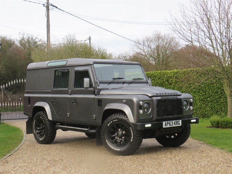 used Land Rover Defender 110 2.2 TDCI XS UTILITY WAGON JUST 26,000 MILES! FANTASTIC EXAMPLE! in chelmsford-essex