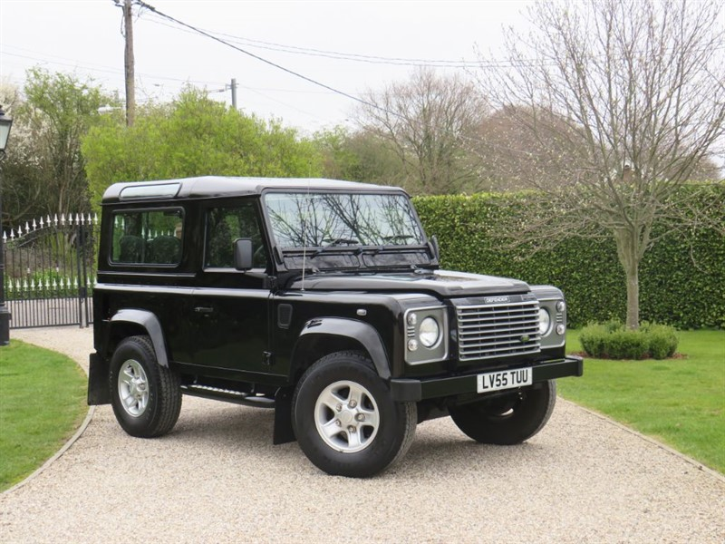 used Land Rover Defender 90 2.5 TD5 XS STATION WAGON in chelmsford-essex