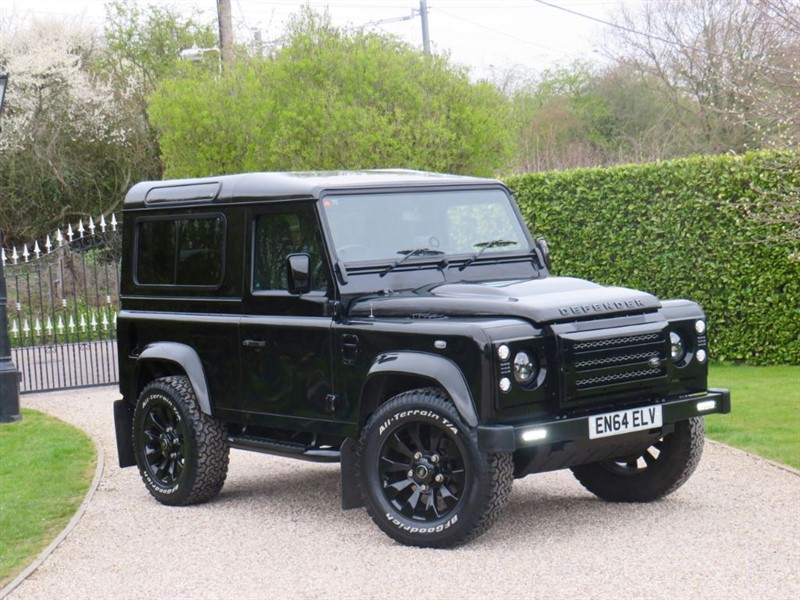 used Land Rover Defender 90 2.2 TDCI XS STATION WAGON! 1 OWNER! JUST 18,000 MILES! GREAT SPEC! in chelmsford-essex