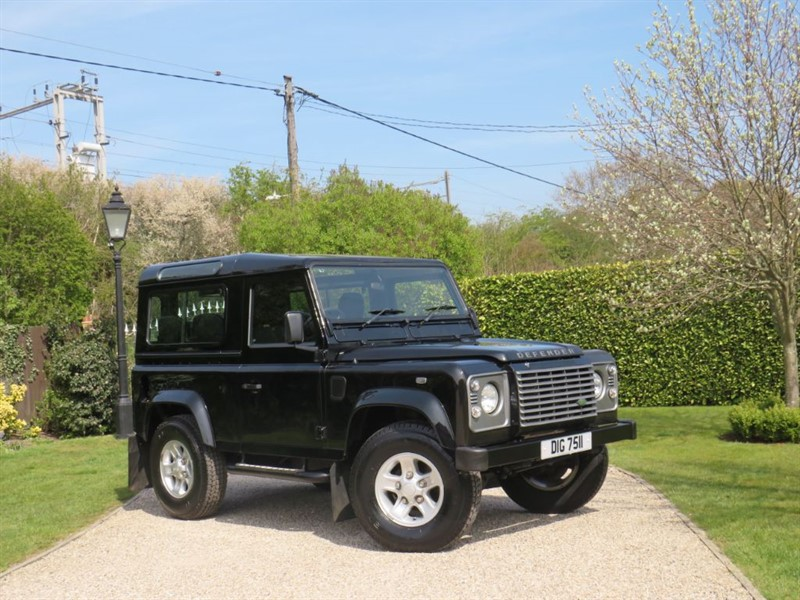 used Land Rover Defender 90 2.5 TD5 XS STATION WAGON! LAST OF THE TD5'S JUST 45,000 MILES! in chelmsford-essex