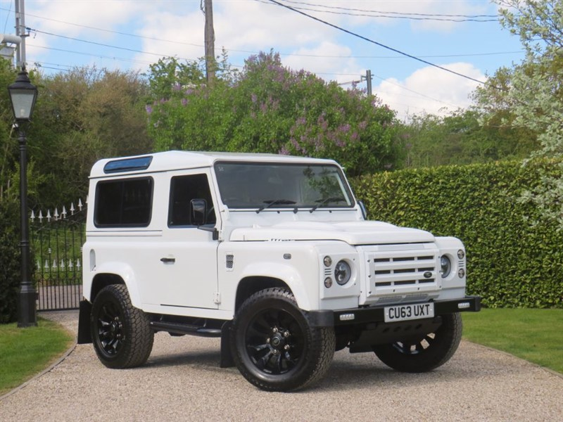used Land Rover Defender 90 2.2 TDCI XS STATION WAGON RARE FUJI WHITE! 16,000 MILES ONLY! in chelmsford-essex