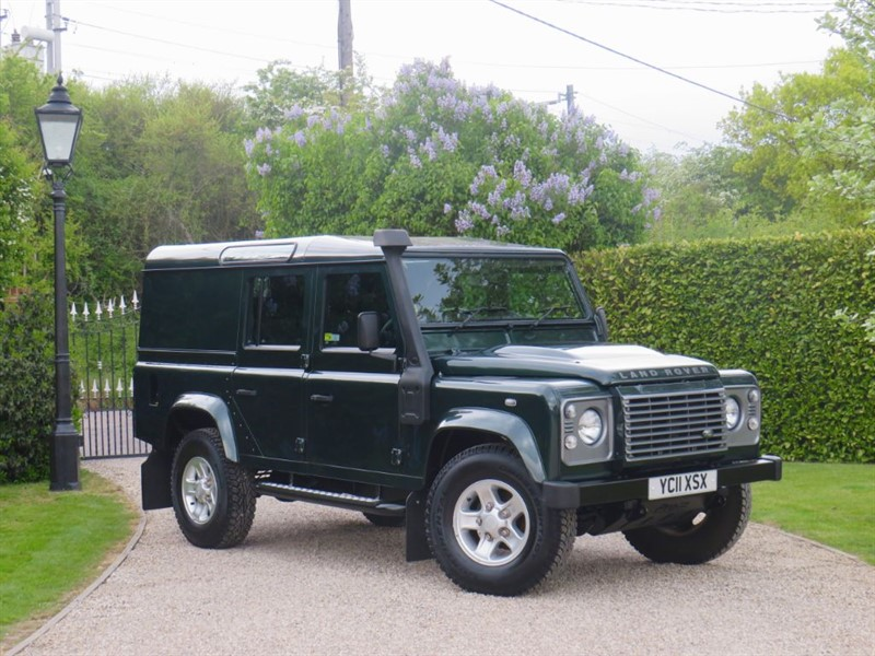 used Land Rover Defender 110 2.4 TDCI XS UTILITY WAGON FULL SERVICE HISTORY! 1 OWNER! in chelmsford-essex