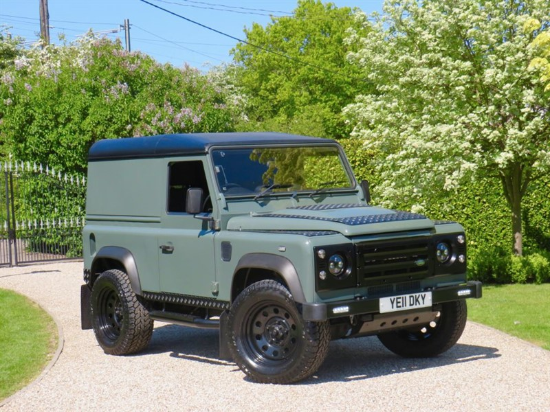 used Land Rover Defender 90 2.4 TDCI HARD TOP GREAT LOOKING 90 NO VAT! in chelmsford-essex