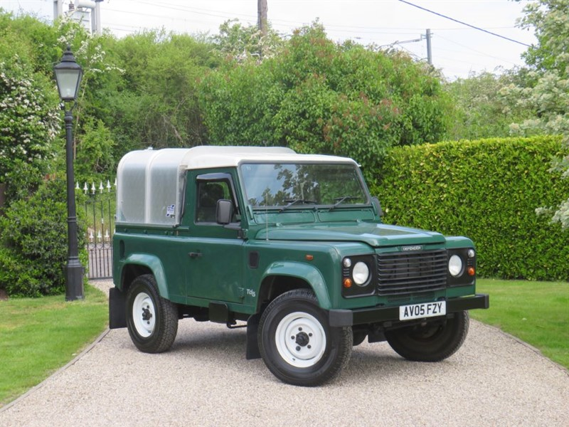 used Land Rover Defender 90 2.5 TD5 COUNTY PICKUP! GREAT HISTORY! NO VAT! in chelmsford-essex