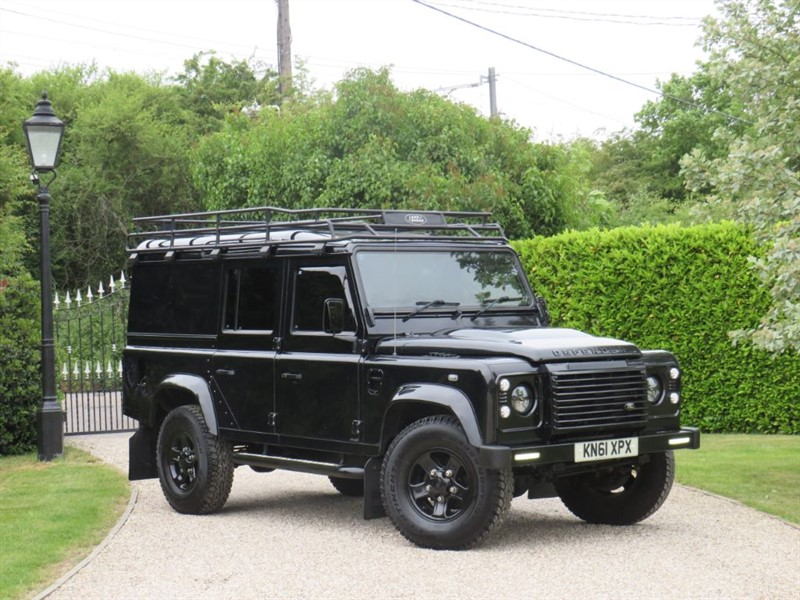 used Land Rover Defender 110 2.4 TDCI XS UTILITY WAGON MANY EXTRAS! FULL SERVICE HISTORY! in chelmsford-essex
