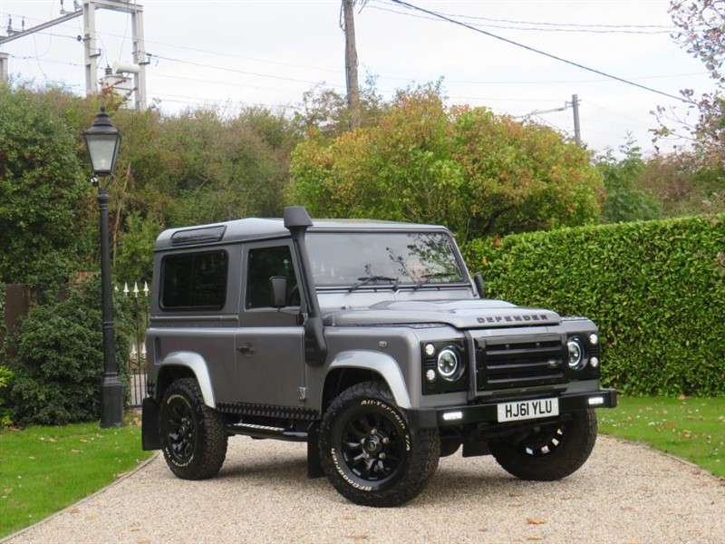 used Land Rover Defender 90 2.2 TDCI XS STATION WAGON FANTASTIC SPEC! MANY EXTRAS! in chelmsford-essex