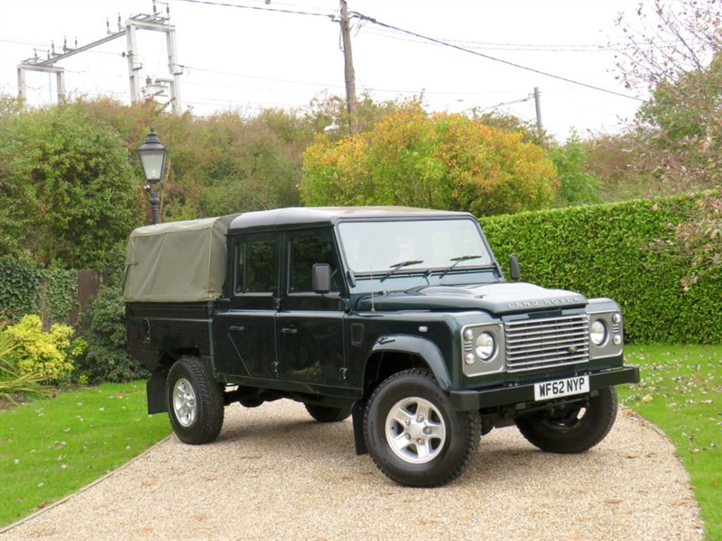used Land Rover Defender 130 2.2 TDCI HIGH CAPACITY PICK UP DCB RARE VEHCILE! JUST 22K MILES! NO VAT in chelmsford-essex