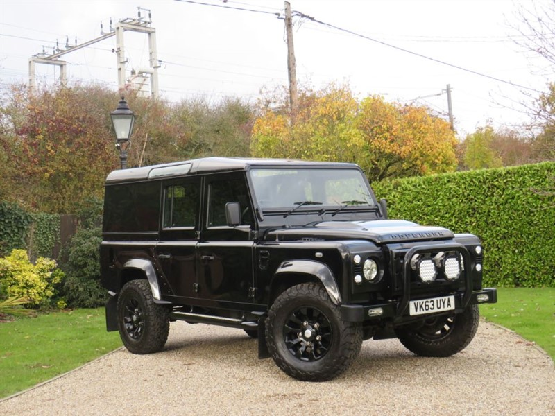 used Land Rover Defender 110 2.2 TDCI XS UTILITY WAGON GREAT EXTRAS! FULL SERVICE HISTORY! NO VAT! in chelmsford-essex