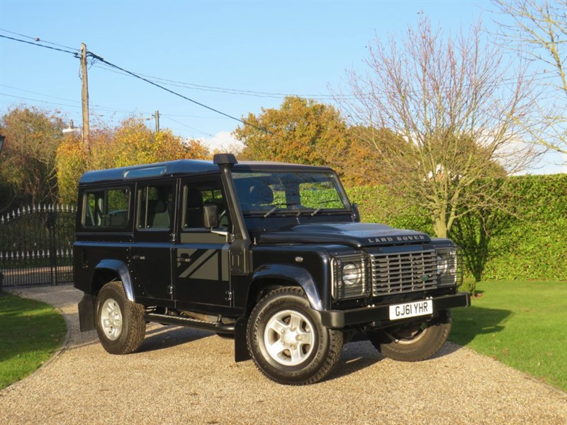 used Land Rover Defender 110 2.4 TDCI XS STATION WAGON 1 OWNER! RARE COLOUR!  in chelmsford-essex