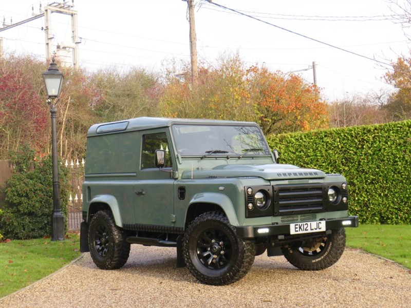 used Land Rover Defender 90 2.2 TDCI COUNTY HARD TOP RARE KESWICK GREEN! GREAT EXTRAS! VAT Q in chelmsford-essex