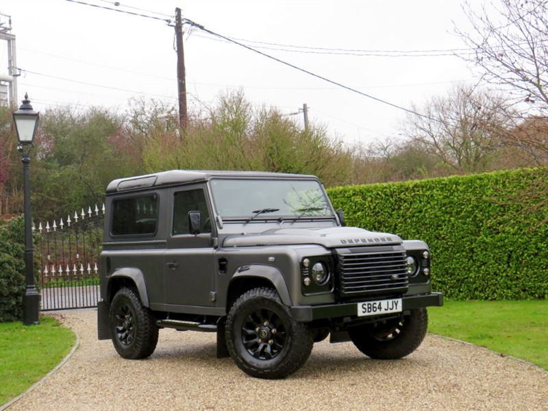 used Land Rover Defender 90 2.2 TDCI XS STATION WAGON 1 OWNER! RARE FACTORY BLACK PACK! in chelmsford-essex