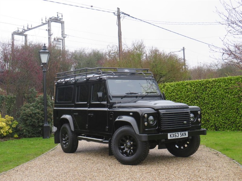 used Land Rover Defender 110 2.2 TDCI XS STATION WAGON! LR ROOF RACK! GREAT SPEC! in chelmsford-essex