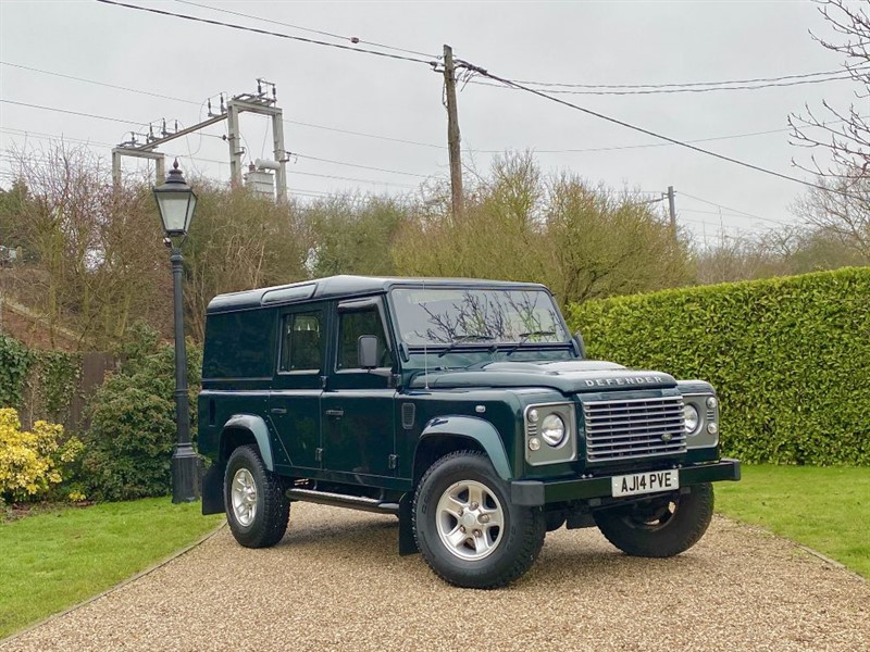 used Land Rover Defender 110 2.2 TDCI XS UTILITY WAGON AINTREE GREEN! NO VAT! in chelmsford-essex