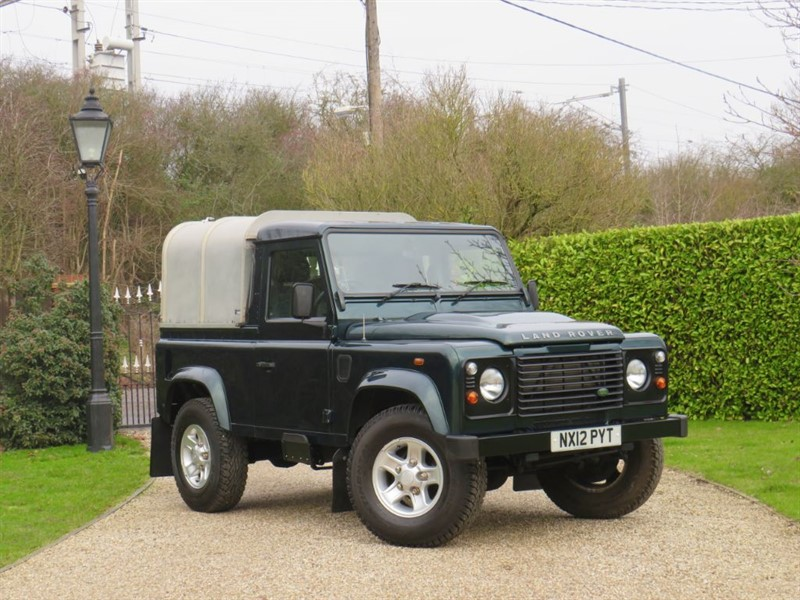 used Land Rover Defender 90 2.2 TDCI PICKUP JUST 48,000 MILES! NO VAT! WELL MAINTAINED! in chelmsford-essex