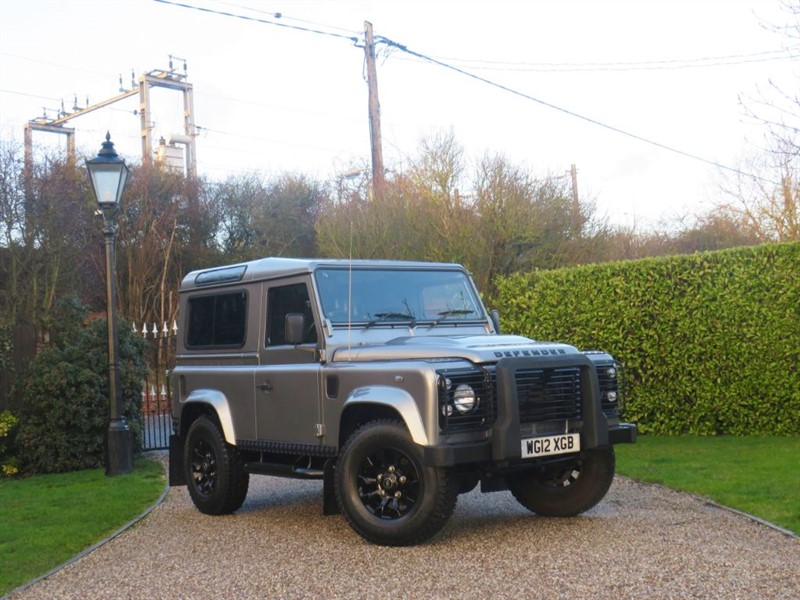 used Land Rover Defender 90 2.2 TDCI COUNTY STATION WAGON 1 OWNER! JUST 15,000 MILES!  in chelmsford-essex